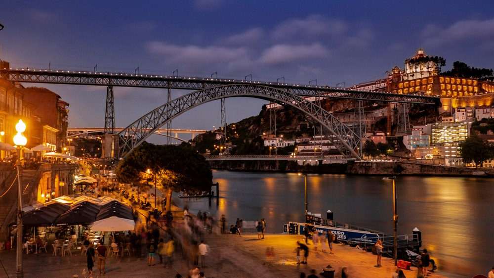 Most Ponte Dom Luis I w Porto Portugalia