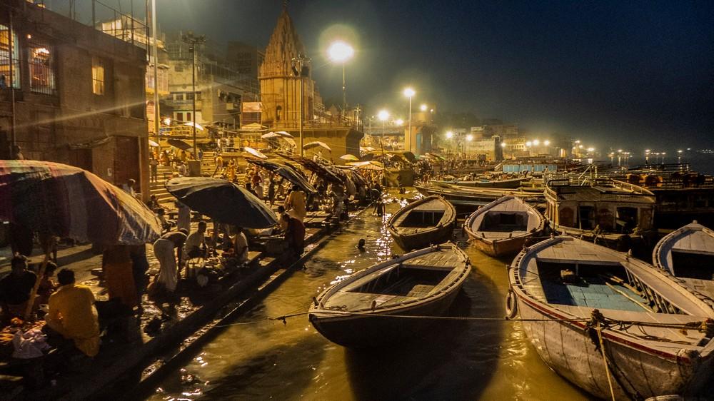 Ganges w Waranasi Indie