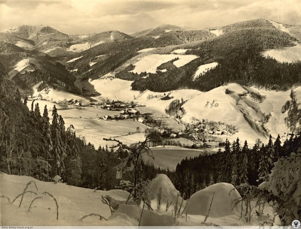 Łomnica i szczyt Waligóry. 1930-1940