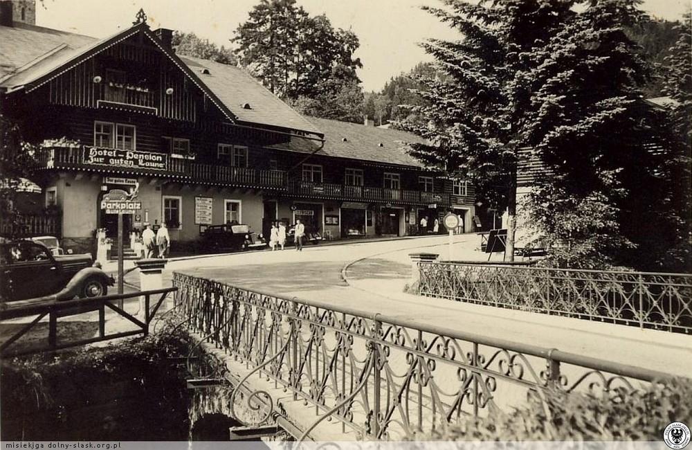 Hotel Pod Dobrym Humorem. 1939