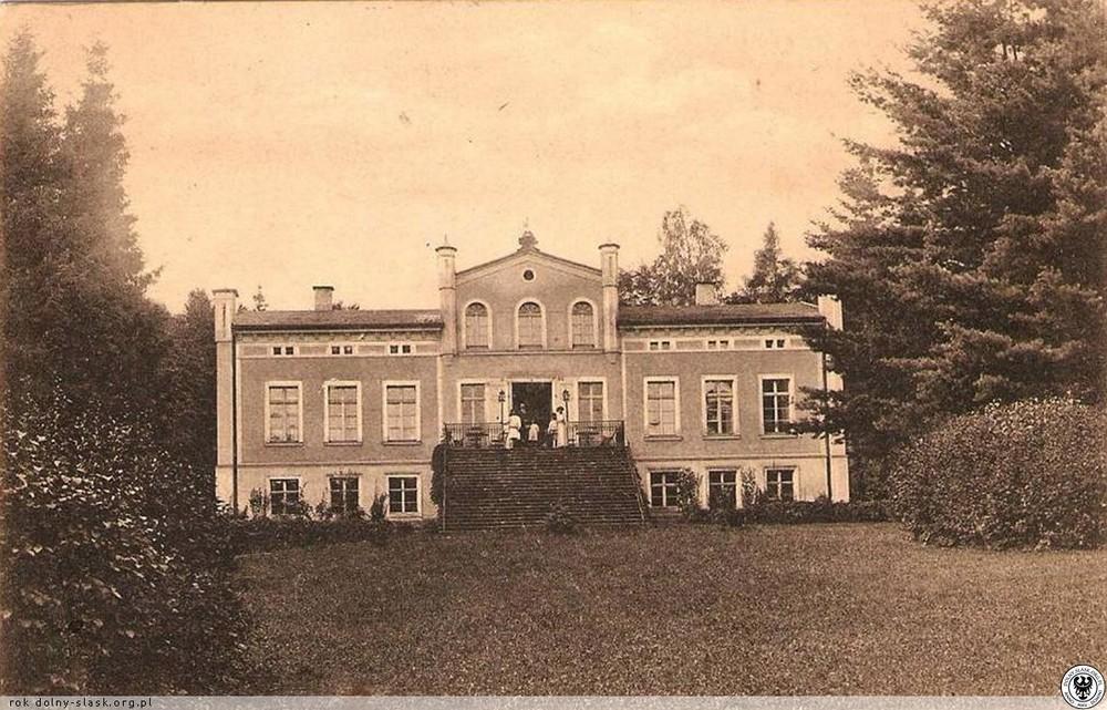Pałac w Krajanowie. 1925-1927