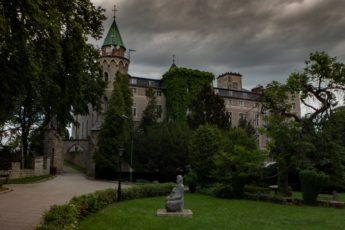 Zamek Leśna Skała Szczytna