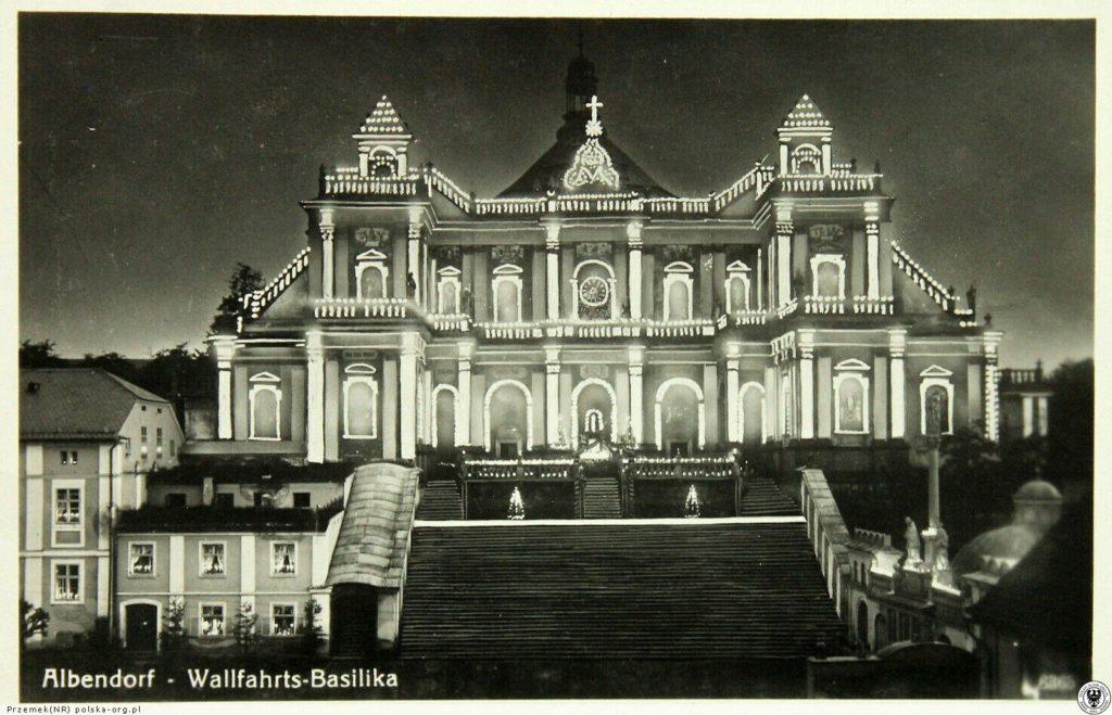 Podświetlonan Bazylika z Wambierzycach. 1940